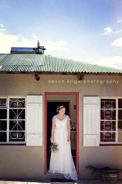 083-johannesburg-wedding-photographers-heidelberg-wedding-photographers-the-stone-cellar-wedding-venue