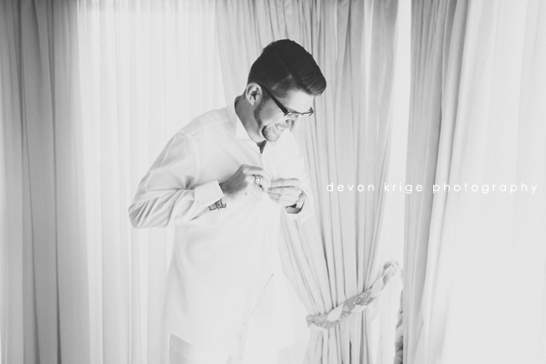 420greek-wedding-groom-getting-ready-bridal-prep-white-suit