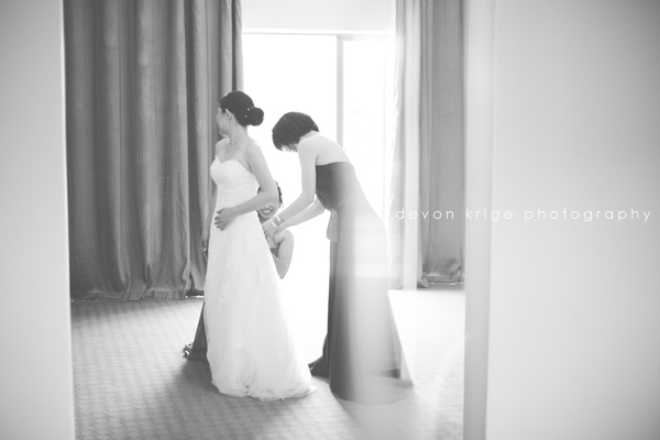bridal-party-getting-ready-sait-andrews-hotel-pretoria-photographer