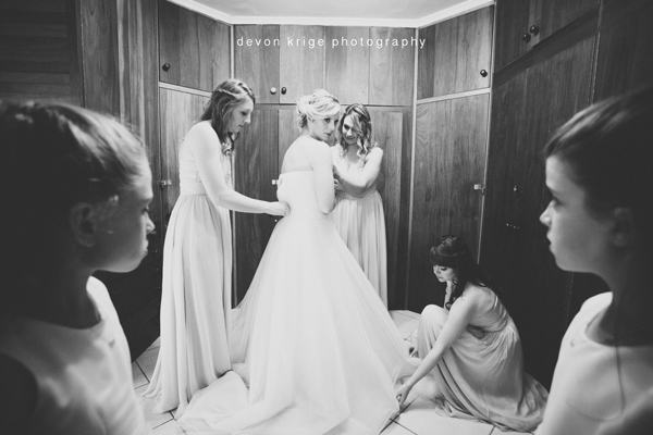 012benoni-weddings-bridal-prep-ride-getting-ready-johannesburg-wedding-photographer