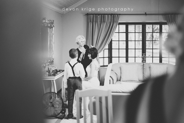 fathers-first-look-wedding-images-oakfield-farm-wedding-venue (4)