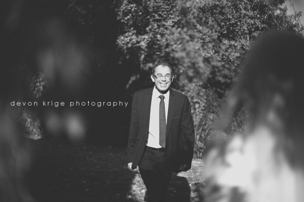 fathers-first-look-wedding-images-oakfield-farm-wedding-venue (6)