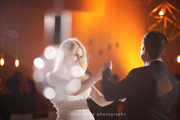 009-couples-first-dance-weddings-cape-town-professional-photographer