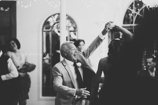 044-shepstone-gardens-wedding-venue-first-dance-father-daughter-dance-wedding-photographer