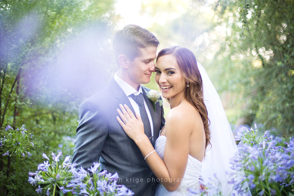 105-moon-and-sixpence-wedding-venue-best-wedding-photographer-bride-and-groom-johannesburg-wedding-photographer