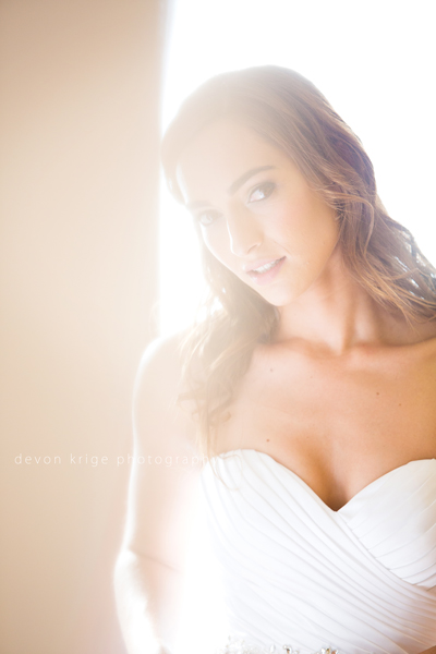 123-bridal-photos-getting-ready-photos-moon-and-sixpence-photographer