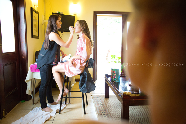 131-bridal-photos-getting-ready-photos-moon-and-sixpence-photographer