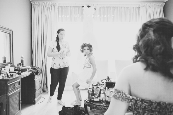 146-bridal-prep-make-up-greek-wedding-photographer-new-weddings