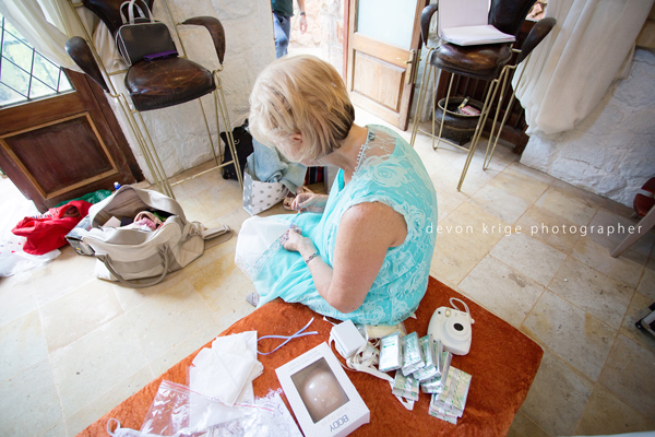 090-shepstone-gardens-wedding-venue-mother-of-the-bride-wedding-photographer-gauteng