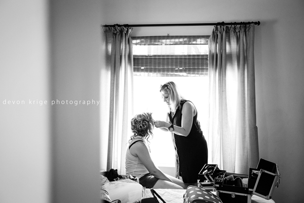 609-thabazimbi-wedding-photographer-bridal-prep-getting-ready-wedding-photographer-johannesburg