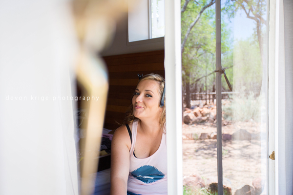 610-thabazimbi-wedding-photographer-bridal-prep-getting-ready-wedding-photographer-johannesburg