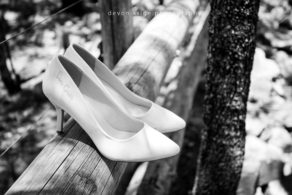 615-thabazimbi-wedding-photographer-brides-shoes-perfume-wedding-photographer-johannesburg