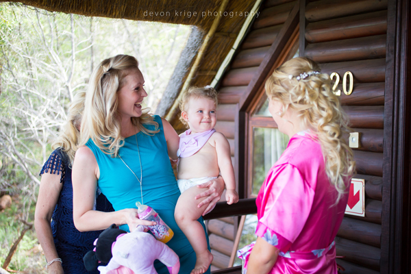 044-leopard-lodge-wedding-venue-mother-of-the-bride-flower-girls-wedding-photographer-gauteng-south-africa