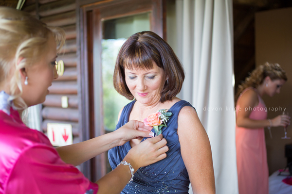 045-leopard-lodge-wedding-venue-mother-of-the-bride-flower-girls-wedding-photographer-gauteng-south-africa