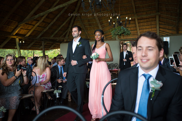 055-leopard-lodge-wedding-venue-walking-down-the-isle-going-to-married-wedding-photographer-johannesburg-south-africa