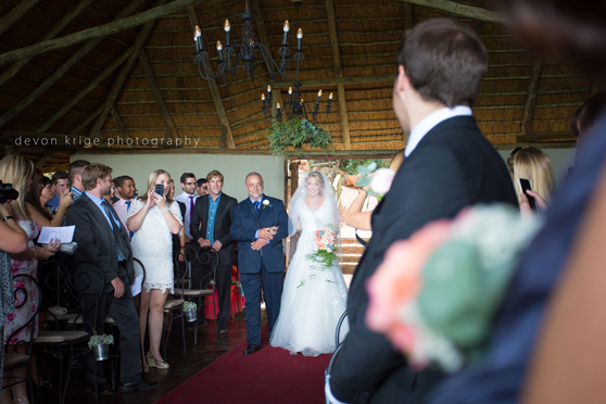 056-leopard-lodge-wedding-venue-walking-down-the-isle-going-to-married-wedding-photographer-johannesburg-south-africa