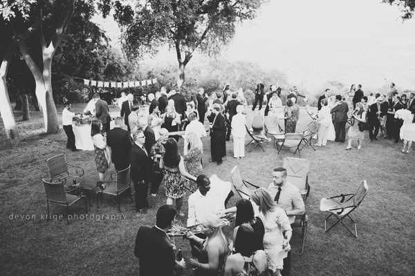 064-leopard-lodge-wedding-venue-cutting-the-cake-group-photos-wedding-photography-south-africa