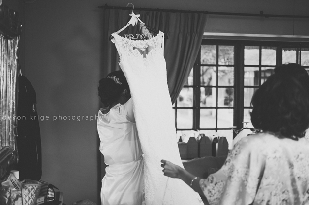 098-oakfield-farm-weddings-official-photographer-wedding-photographer-getting-ready-photos-brides-dress-white-dress-johannesburg-photographer