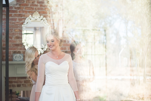 112-lace-on-timber-wedding-venue-full-wedding-pretoria