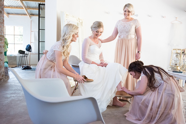 117-lace-on-timber-wedding-venue-full-wedding-pretoria