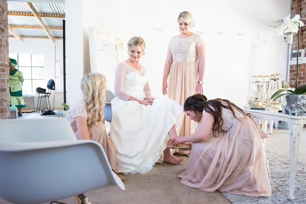 118-lace-on-timber-wedding-venue-full-wedding-pretoria