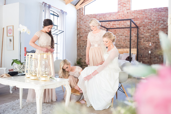 120-lace-on-timber-wedding-venue-full-wedding-pretoria