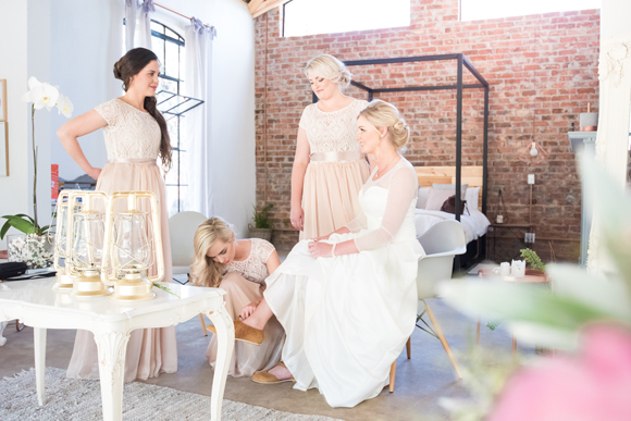 121-lace-on-timber-wedding-venue-full-wedding-pretoria