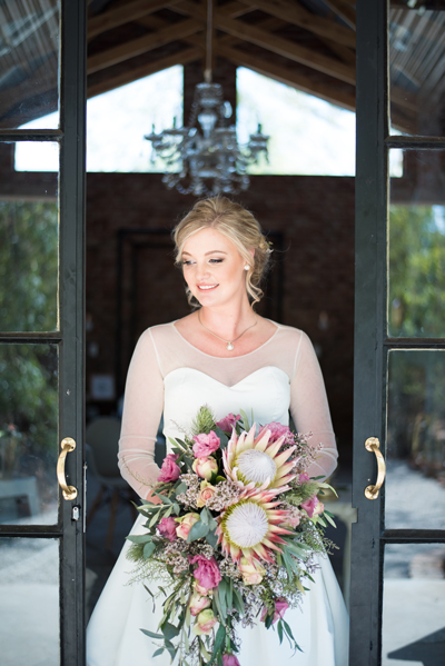 151-lace-on-timber-wedding-venue-full-wedding-pretoria