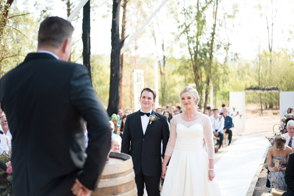 193-lace-on-timber-wedding-venue-full-wedding-pretoria
