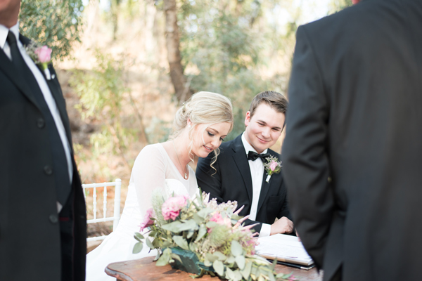 234-lace-on-timber-wedding-venue-full-wedding-pretoria