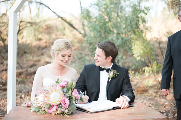 242-lace-on-timber-wedding-venue-full-wedding-pretoria