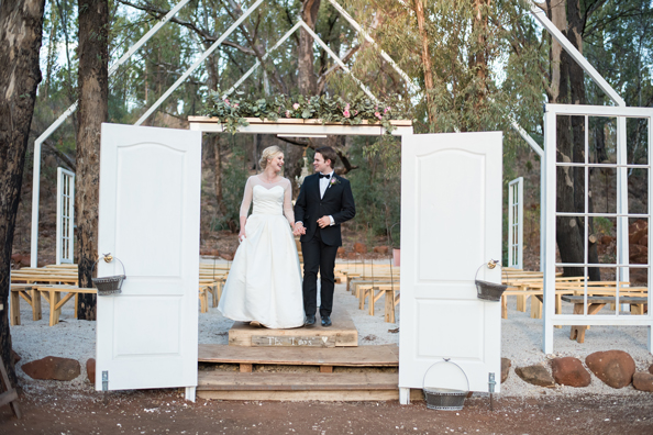 290-lace-on-timber-wedding-venue-full-wedding-pretoria