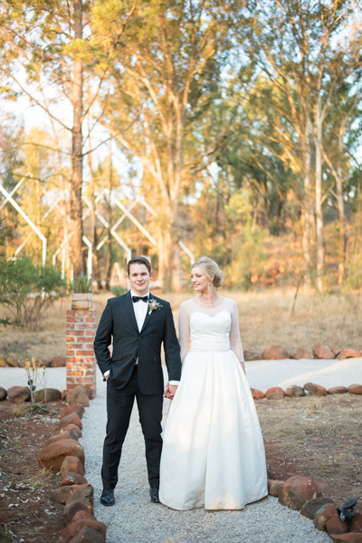 324-lace-on-timber-wedding-venue-full-wedding-pretoria